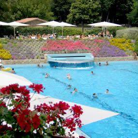 Parco delle piscine campeggio sarteano toscana siena for Camping delle piscine sarteano siena